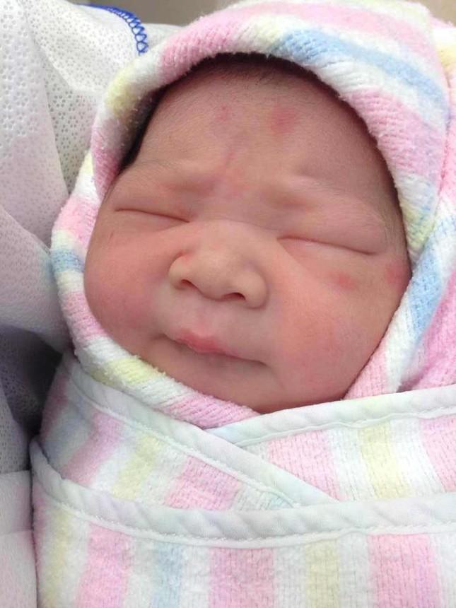 Thanh Lam vui mừng lên chức bà ngoại - anh 1
