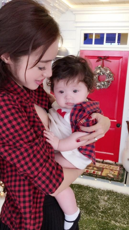 Ngất ngây bộ ảnh Elly Trần và con gái đón giáng sinh - anh 5