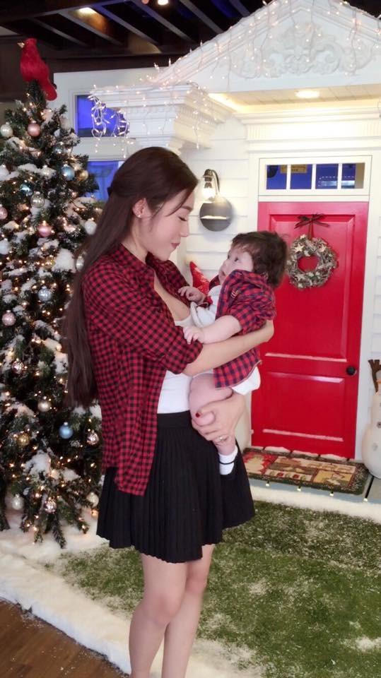 Ngất ngây bộ ảnh Elly Trần và con gái đón giáng sinh - anh 7