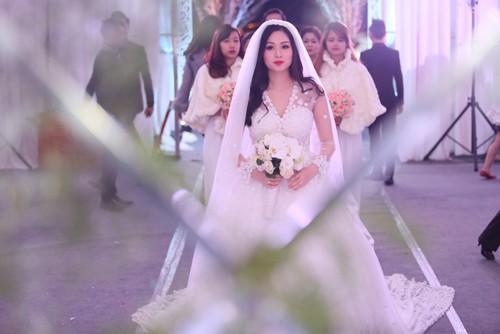 Tâm Tít vô cùng xinh đẹp và rạng rỡ trong đám cưới - anh 5