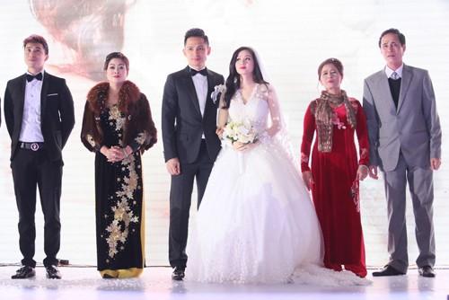 Tâm Tít vô cùng xinh đẹp và rạng rỡ trong đám cưới - anh 7