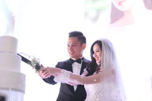 Tâm Tít vô cùng xinh đẹp và rạng rỡ trong đám cưới - anh 10