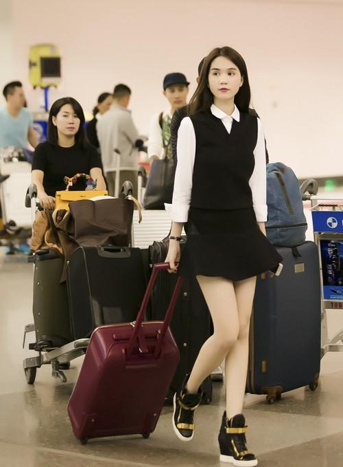 Ngọc Trinh nổi bật ở sân bay với style nữ sinh - anh 3