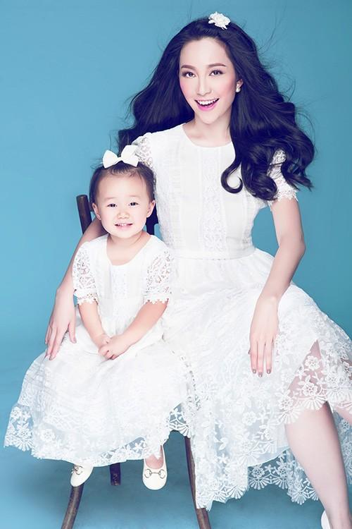 Vẻ đẹp thiên thần của Linh Nga và con gái - anh 1