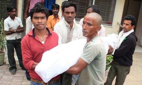Ấn Độ: 11 phụ nữ tử vong, 62 người nhập viện do phẫu thuật triệt sản - anh 1