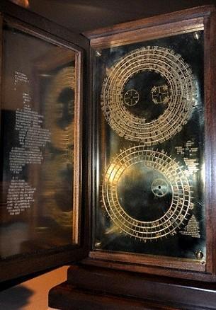 Phát hiện bất ngờ về Antikythera, cỗ máy tính thiên văn cổ nhất thế giới - anh 3