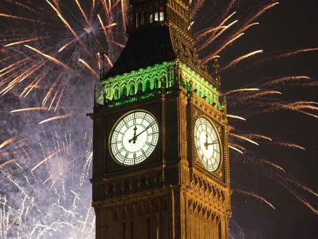 'Bữa tiệc' đón năm mới 2015 trên thế giới như thế nào? - anh 6