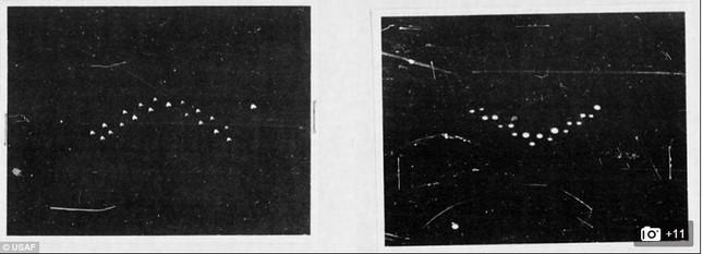 """Mỹ bất ngờ tiết lộ 12.000 tấm ảnh """"hàng hiếm"""" về UFO - anh 1"""