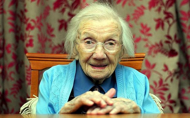 Bí quyết sống lâu của người phụ nữ 109 tuổi: Tránh xa đàn ông - anh 1