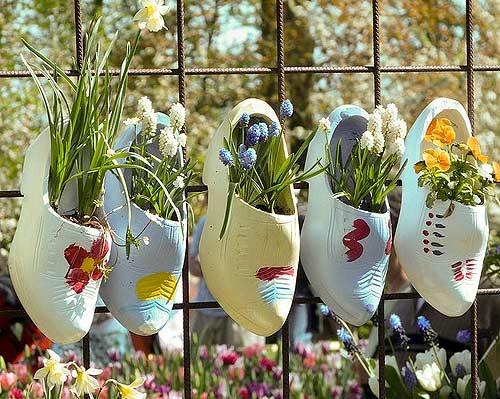 Độc đáo đôi guốc gỗ Clog có '1-0-2' ở xứ sở hoa Tulip - anh 5