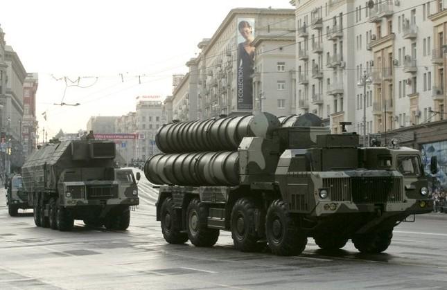 Nga bán 'rồng lửa' S-300 cho Iran, Mỹ tức tối - anh 2