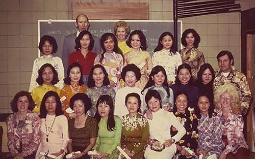 Ngôi sao Hollywood Tippi Hedren, 'cha đẻ' nghề nail của người Việt xa xứ - anh 2