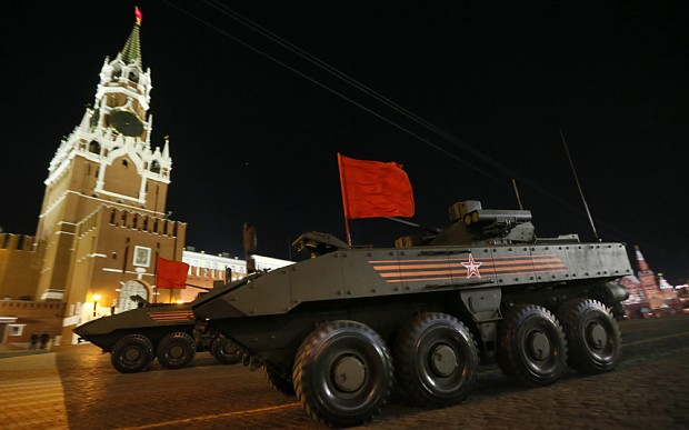 """So sánh sức mạnh Nga-phương Tây: Bên nào """"khủng"""" hơn? - anh 2"""