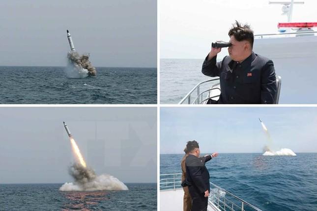 """Triều Tiên sẽ tổ chức duyệt binh lớn, """"khoe"""" giàn vũ khí mới - anh 2"""