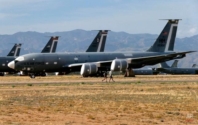 Nghĩa địa máy bay quân sự lớn nhất thế giới - anh 5