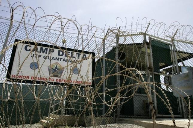 Nhà tù Guantanamo: Địa ngục trần gian với những màn tra tấn dã man - anh 1