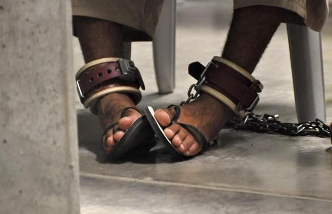 Nhà tù Guantanamo: Địa ngục trần gian với những màn tra tấn dã man - anh 2