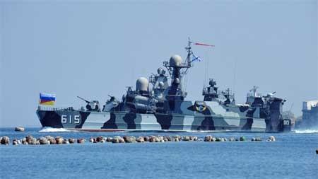 Ngắm dàn vũ khí 'siêu khủng' tạo nên sức mạnh quân đội Nga - anh 1