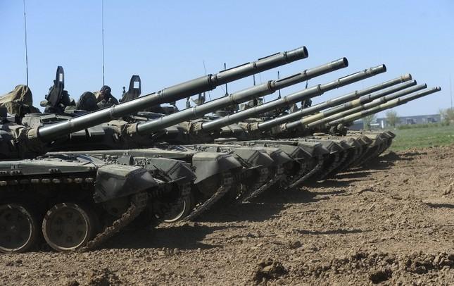 Ngắm dàn vũ khí 'siêu khủng' tạo nên sức mạnh quân đội Nga - anh 2