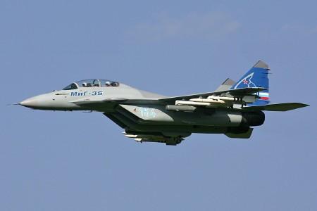 Ngắm dàn vũ khí 'siêu khủng' tạo nên sức mạnh quân đội Nga - anh 3