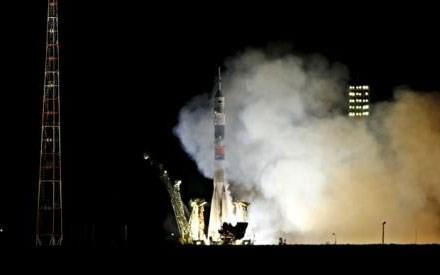 Tàu tiếp tế nổ tan xác, Nga tiếp tục phóng tàu vũ trụ có người lái lên ISS - anh 2