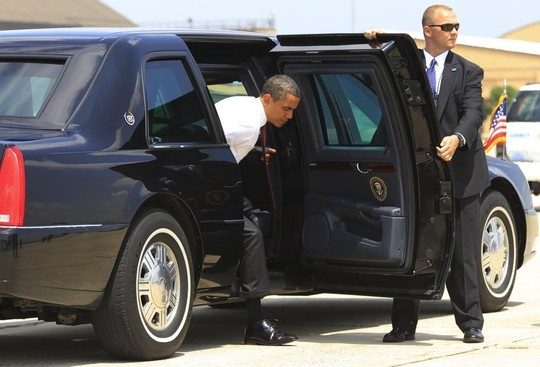 """Khám phá chiếc xe """"Quái vật"""" của Tổng thống Obama - anh 1"""