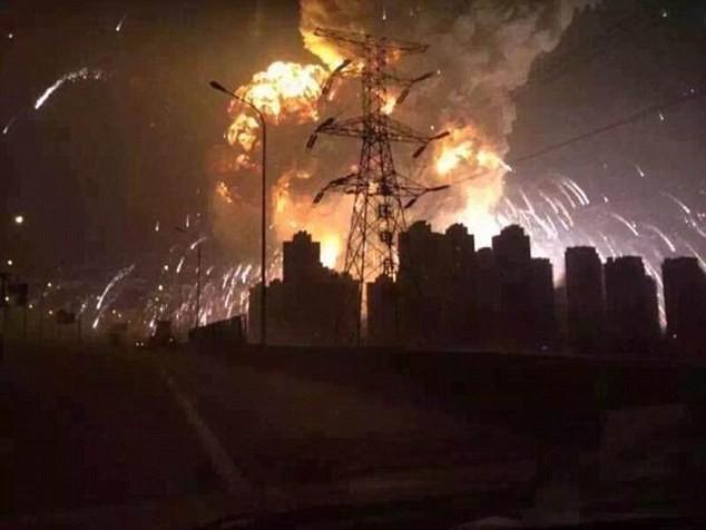 Trung Quốc: Nổ lớn rung chuyển khu công nghiệp, hơn 400 người thương vong - anh 2