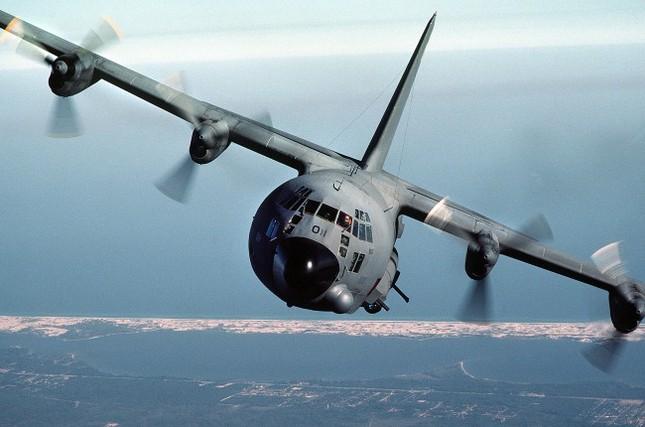 """Máy bay cường kích Lockheed AC-130 – """"Hung thần"""" của Không quân Mỹ - anh 4"""
