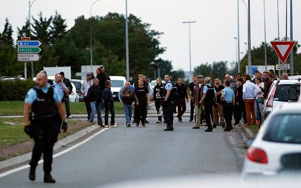 Xả súng kinh hoàng ở Pháp, 4 người thiệt mạng - anh 2