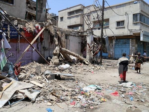 IS đánh bom kép tại nhà thờ Hồi giáo Yemen, hơn 130 người thương vong - anh 2
