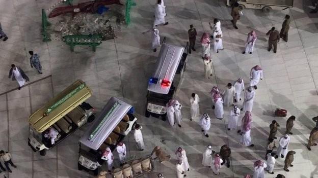 Saudi Arabia: Sập cần cẩu ở Thánh địa Mecca, ít nhất 107 người chết - anh 2