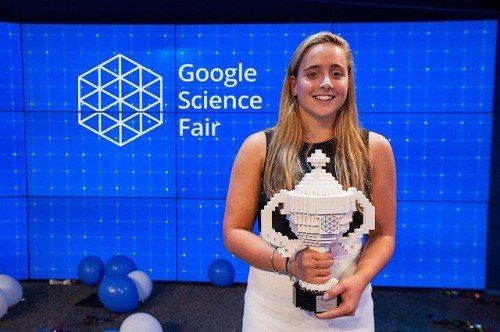 Nữ sinh 16 tuổi phát minh công cụ thử nhanh Ebola - anh 1