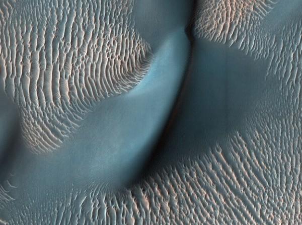 Chùm ảnh cận cảnh về sao Hỏa chưa từng công bố của NASA - anh 11