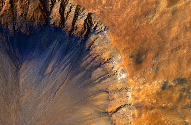 Chùm ảnh cận cảnh về sao Hỏa chưa từng công bố của NASA - anh 1