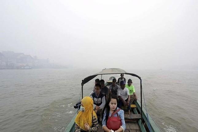 Malaysia ô nhiễm khói bụi tồi tệ nhất trong lịch sử 18 năm - anh 2