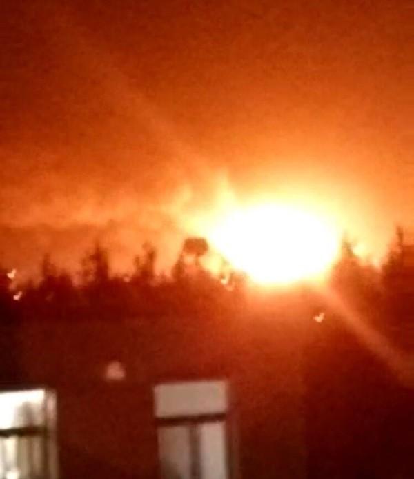 Lại xảy ra nổ lớn tại nhà kho Thiên Tân, Trung Quốc - anh 1