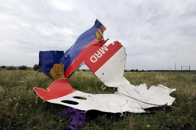 Hà Lan kết luận MH17 bị tên lửa BUK bắn hạ, Nga lập tức bác bỏ - anh 1
