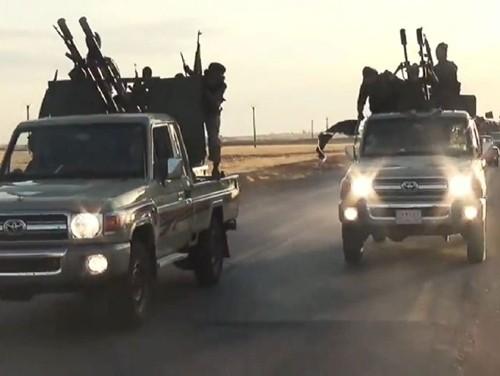 IS sở hữu nhiều xe Toyota: Nga lên tiếng đòi Mỹ giải thích - anh 1