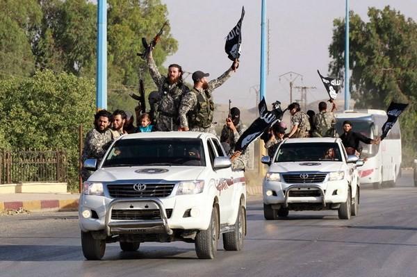 IS sở hữu nhiều xe Toyota: Nga lên tiếng đòi Mỹ giải thích - anh 2