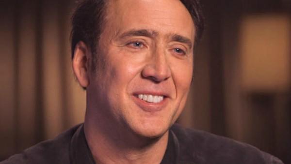 Tài tử Nicolas Cage từng nôn ọe sau khi hôn bạn gái - anh 1