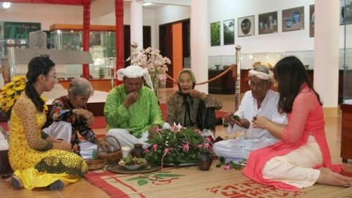 Tục ăn trầu các dân tộc Việt Nam - anh 1