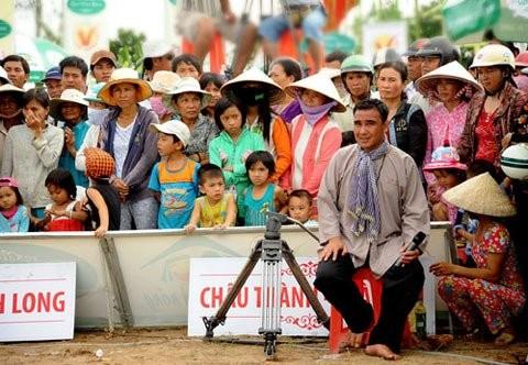 Những MC Việt nổi đình đám từng ở nhà trát vách đất, ở chòi giữa đồng - anh 3