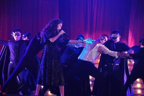 Mãn nhãn, đã tai với Live Concert kỉ niệm 10 năm ca hát của Hồ Ngọc Hà - anh 3