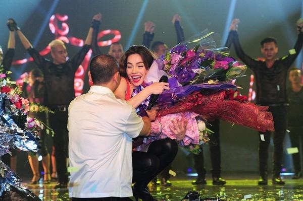 Mãn nhãn, đã tai với Live Concert kỉ niệm 10 năm ca hát của Hồ Ngọc Hà - anh 16