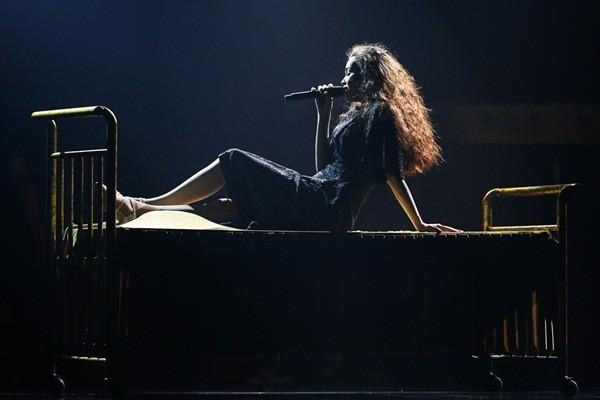 Mãn nhãn, đã tai với Live Concert kỉ niệm 10 năm ca hát của Hồ Ngọc Hà - anh 2