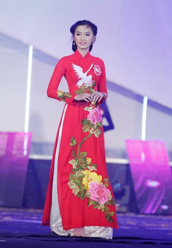Bị tố thẩm mỹ, thí sinh Hoa hậu Việt Nam bỏ thi vì khủng hoảng - anh 1