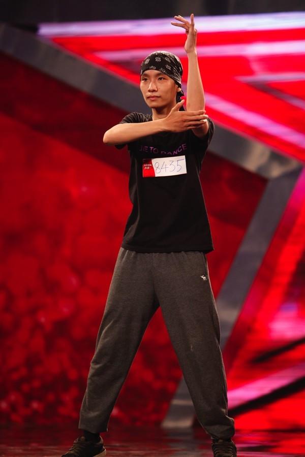 Giám khảo và khán giả Vietnam's Got Talent bị lừa ngoạn mục vẫn cười thích thú - anh 3