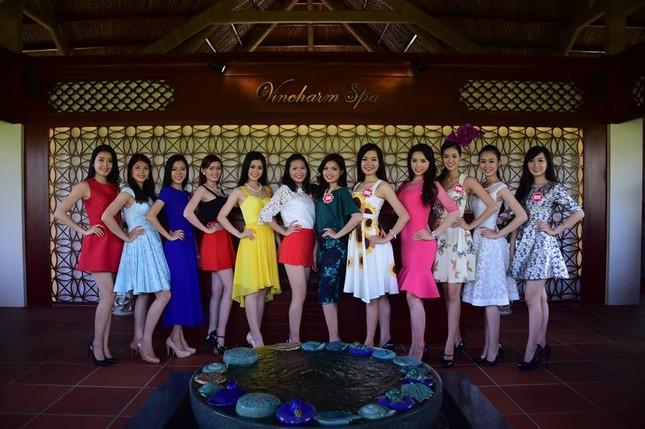 Ngắm nhan sắc rực rỡ tươi trẻ của thí sinh Hoa hậu Việt Nam trên đảo Phú Quốc - anh 6