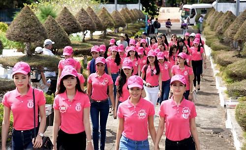 Ngắm nhan sắc rực rỡ tươi trẻ của thí sinh Hoa hậu Việt Nam trên đảo Phú Quốc - anh 1