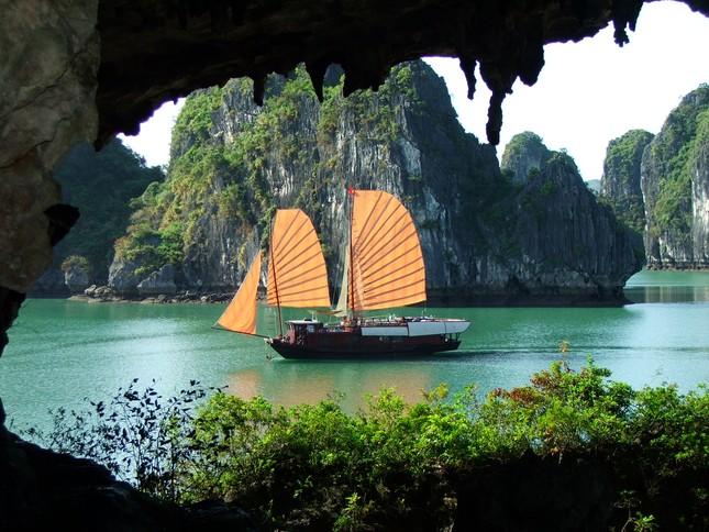 9 giá trị độc nhất vô nhị của Vịnh Hạ Long - anh 1